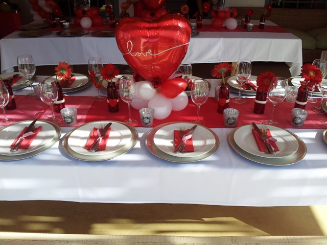 Centerpiece - Shaped 18 Inch Heart