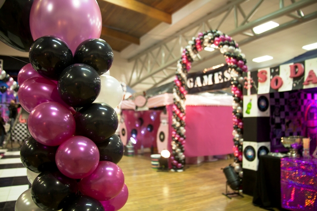 Double Door Helium Balloon Arch - G