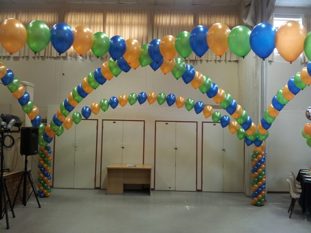 Full Criss Cross Helium Balloon Arch - B