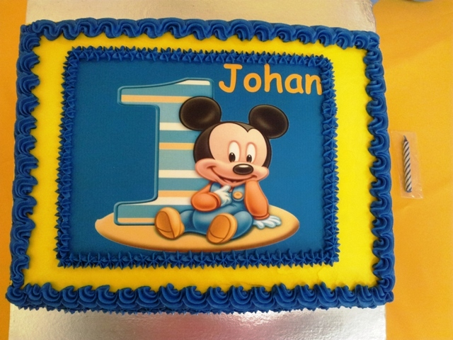 Mickey 1st Picture Cake (1)