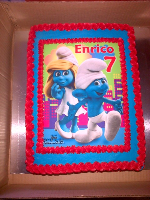 Smurf Picture Cake (1) - A