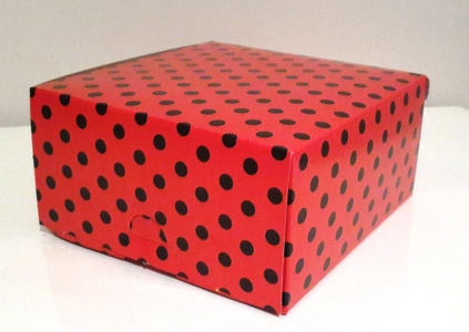 Square Polka Red with black Dot Box (1)