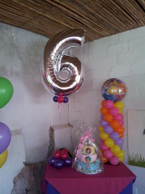 Super Shape Balloon Decor - Silver Number 6